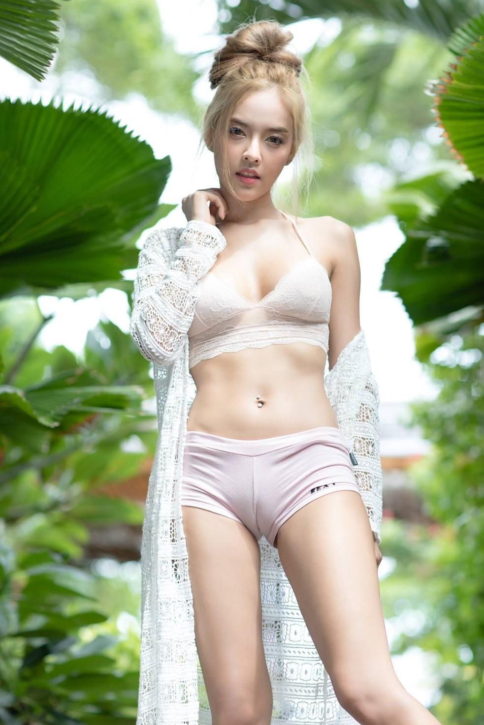 tron bo hinh nen bikini dep cho dien thoai hot nhat nam 2020 3
